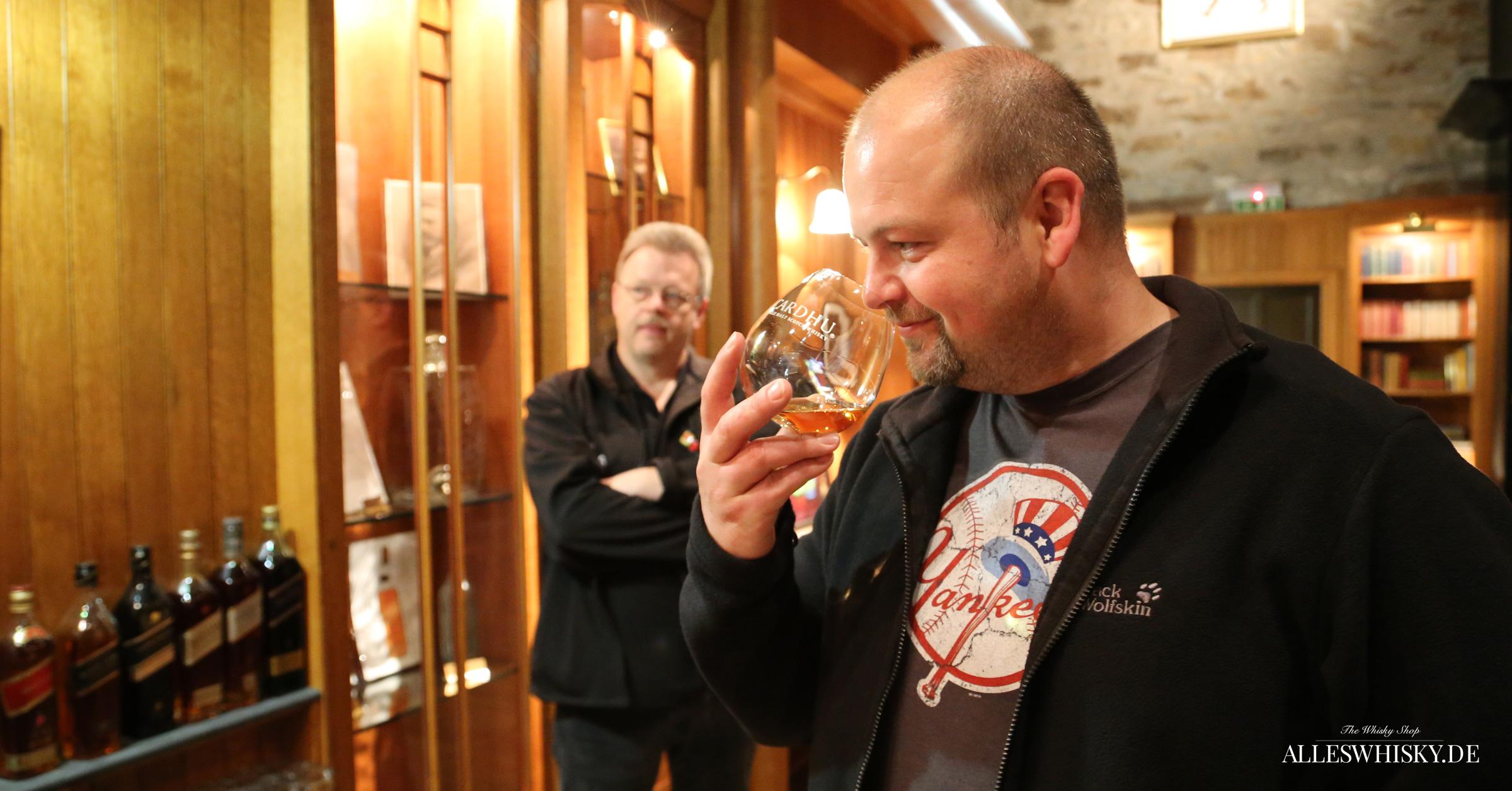 Großes Nosing und Tasting im Johnnie Walker Brand-Home der Destillerie Cardhu