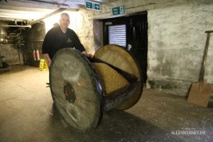 Transport der fetten Gerste auf den Boden