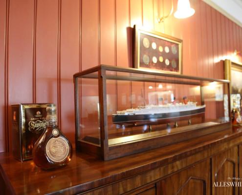 Johnnie Walker Brand Home - Schiff mit dem die Waren weltweit verschifft wurden.