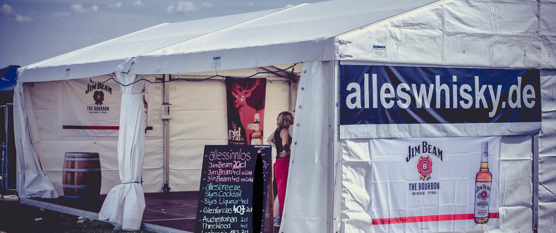 Summer Breeze 2013 - Zelt ist fertig aufgebaut